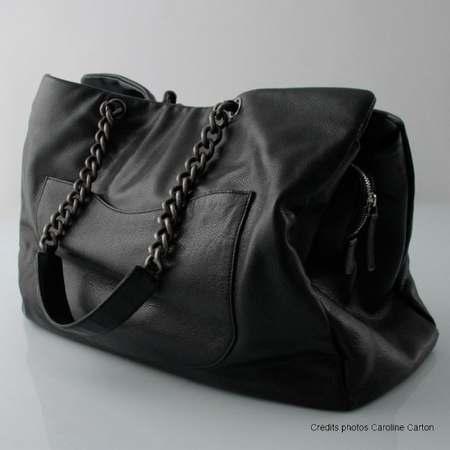 sac noir en cuir femme sac cuir vernis noir marques. Black Bedroom Furniture Sets. Home Design Ideas